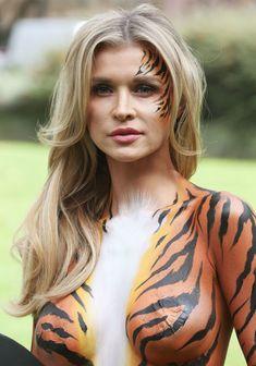 Сексуальная тигрица Джоанна Крупа фото #4