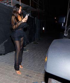 Откровенный наряд Ким Кардашьян в Беверли-Хиллз фото #4