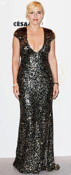 Кэйт Уинслет в платье с глубоким декольте на Cesar Awards фото #5