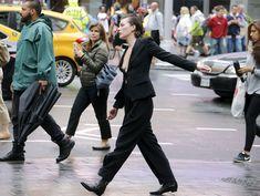 Милла Йовович засветила свой крупный сосок в Нью-Йорке фото #5
