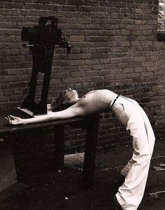 Голая грудь Эмбер Хёрд на соблазнительном фото фото #1
