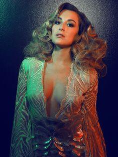Эротическая фотосессия Алексы Веги в журнале Bello фото #2