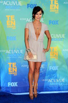 Глубокое декольте Алексы Веги на Teen Choice Awards фото #8