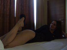 Упругие ягодицы Алены Водонаевой в сексуальном боди фото #3