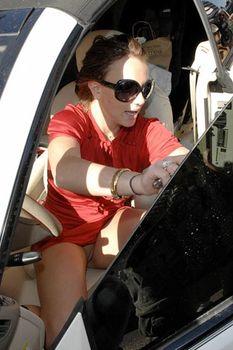 Бритни Спирс без трусиков засветила свою киску фото #3