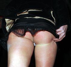 Шаловливая Бритни Спирс засветила попку в эротической юбочке фото #2