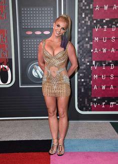 Шикарная грудь Бритни Спирс в сексуальном наряде на MTV Video Music Awards фото #9