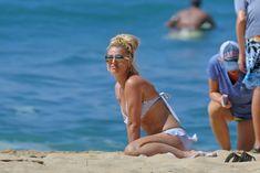 Аппетитная Бритни Спирс разминается в бикини на Гавайях фото #6