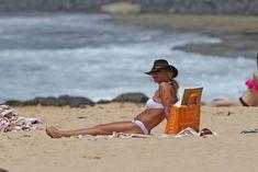 Ковбойский образ Бритни Спирс в бикини на Гавайях фото #8