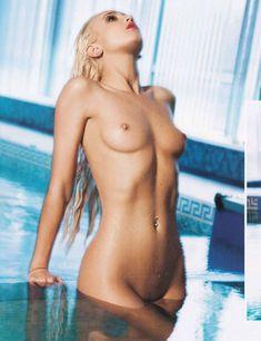 Привлекательная Ольга Бузова обнажилась полностью для Playboy фото #2