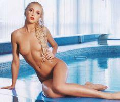 Привлекательная Ольга Бузова обнажилась полностью для Playboy фото #5