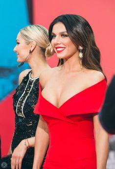 Шикарное декольте Анны Седоковой в сексуальном платье на вручении премии МУЗ-ТВ фото #2