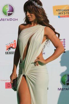 Откровенный наряд Анны Седоковой на вручении премии «Муз-ТВ» фото #5