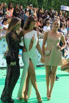 Откровенный наряд Анны Седоковой на вручении премии «Муз-ТВ» фото #10