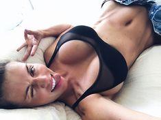 Селфи пышногрудой Анны Седоковой из Instagram фото #3