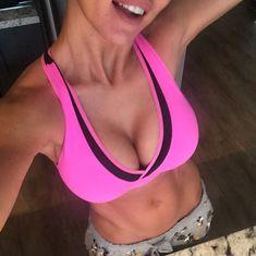 Селфи пышногрудой Анны Седоковой из Instagram фото #7