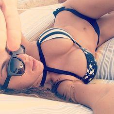 Селфи пышногрудой Анны Седоковой из Instagram фото #10
