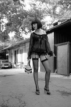 Пикантный образ Карины Зверевой в сексуальном белье фото #2