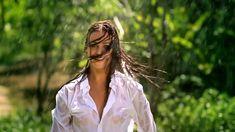 Сексуальная Оксана Федорова засветила грудь в мокрой рубашке для клипа «Из-за тебя» фото #12