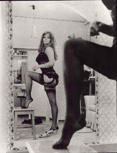 Сексуальная Софи Лорен в эротическом нижнем белье фото #10