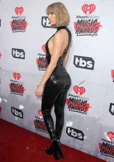 Возбуждающий наряд Тейлор Свифт на iHeartRadio Music Awards фото #7