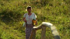 Сексуальная Анна Шерлинг в прозрачном наряде в сериале «Бабий бунт, или Война в Новоселково» фото #1