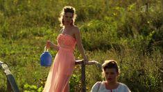Сексуальная Анна Шерлинг в прозрачном наряде в сериале «Бабий бунт, или Война в Новоселково» фото #8