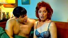 Голая попа Жанны Эппле в сериале «Бальзаковский возраст или Все мужики сво...» фото #7
