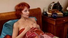 Голая попа Жанны Эппле в сериале «Бальзаковский возраст или Все мужики сво...» фото #26