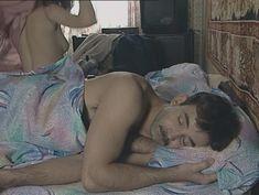 Юлия Михайлова оголила грудь в сериале «Бандитский Петербург 2: Адвокат» фото #19