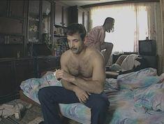 Юлия Михайлова оголила грудь в сериале «Бандитский Петербург 2: Адвокат» фото #21