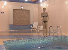 Полностью голая Анна Лутцева в сериале «Бандитский Петербург 8: Терминал» фото #5