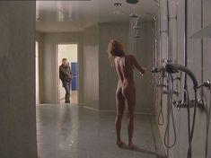 Полностью голая Анна Лутцева в сериале «Бандитский Петербург 8: Терминал» фото #14
