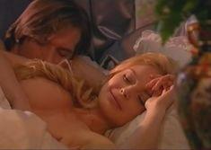 Сочная голая грудь Анны Табаниной в сериале «Бедная Настя» фото #2