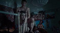 Голая грудь Яны Енжаевой в сериале «Бесстыдники (Россия)» фото #10