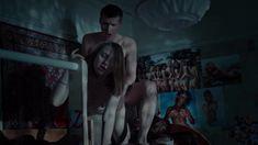 Голая грудь Яны Енжаевой в сериале «Бесстыдники (Россия)» фото #11