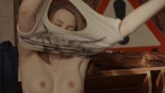 Голая грудь Яны Енжаевой в сериале «Бесстыдники (Россия)» фото #30