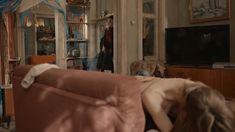 Голая грудь Яны Енжаевой в сериале «Бесстыдники (Россия)» фото #58