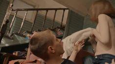 Голая грудь Яны Енжаевой в сериале «Бесстыдники (Россия)» фото #59