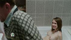 Голая грудь Яны Енжаевой в сериале «Бесстыдники (Россия)» фото #61