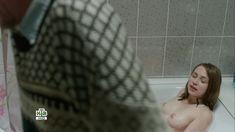 Голая грудь Яны Енжаевой в сериале «Бесстыдники (Россия)» фото #62