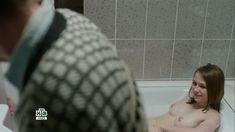 Голая грудь Яны Енжаевой в сериале «Бесстыдники (Россия)» фото #64