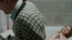 Голая грудь Яны Енжаевой в сериале «Бесстыдники (Россия)» фото #67
