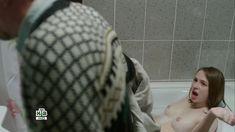 Голая грудь Яны Енжаевой в сериале «Бесстыдники (Россия)» фото #70