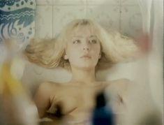 Полностью голая Александра Колкунова в фильме «Болотная street, или Средство против секса» фото #1