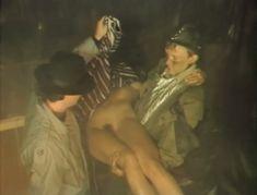 Полностью голая Александра Колкунова в фильме «Болотная street, или Средство против секса» фото #13