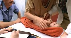 Елена Великанова показала голую грудь в фильме «Ванечка» фото #6