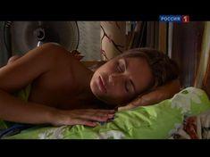 Юлия Михалкова засветила голую попу в фильме «Влюблен и безоружен» фото #6