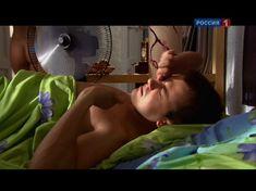 Юлия Михалкова засветила голую попу в фильме «Влюблен и безоружен» фото #10