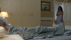 Екатерина Климова засветила попку в сериале «Влюбленные женщины» фото #10